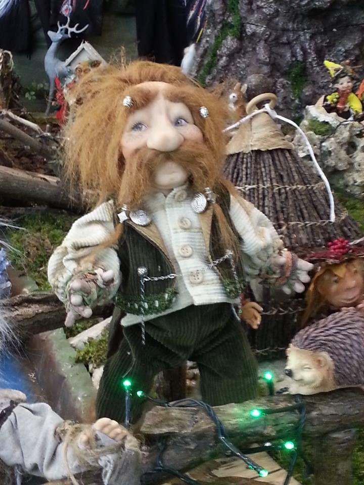 hobbit in porcellana italiana in vendita