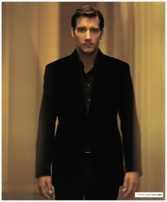 Clive Owen - Super sexy in this pic!