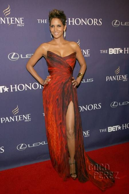 Halle Berry wears Monique Lhuillier to the BET Honors 2013.