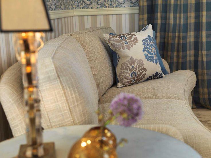 Howard sofa curved by KA Roos