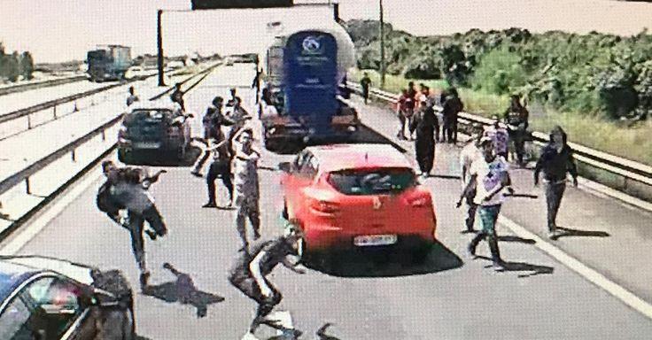 Gewaltsame Attacken von Flüchtlingen: LKW-Fahrer fordern Militäreinsatz in…