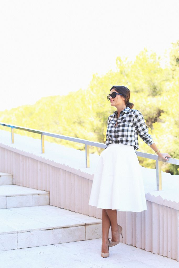 Seams for a desire: white midi skirt