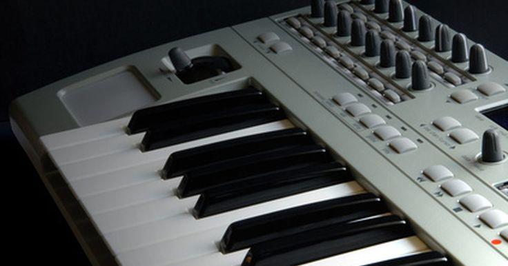Cómo usar un teclado USB como un dispositivo MIDI en Cubase. El teclado MIDI es una herramienta útil para el músico de grabación. Este dispositivo te permite grabar sonidos de instrumentos realistas en la tranquilidad de tu apartamento sin utilizar costosos equipos de grabación. Cubase, una popular DAW (Digital Audio Workstation - Estación de trabajo de audio digital), o programa de grabación, te brinda ...