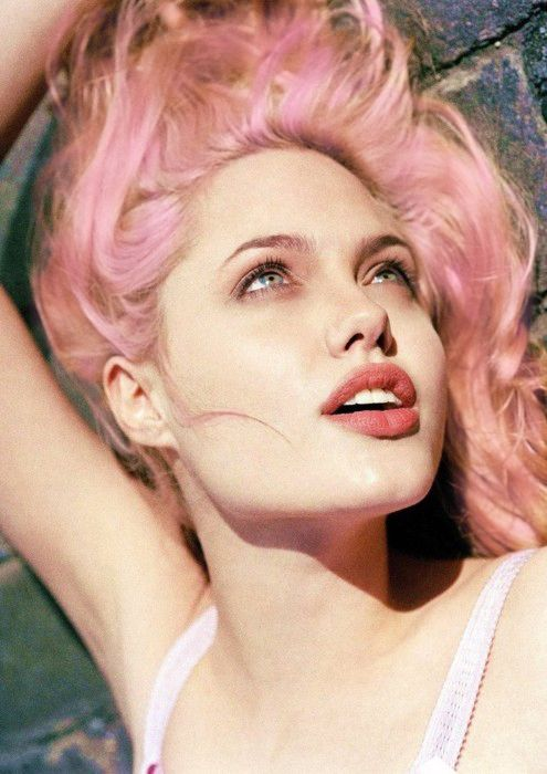 young angelina!  pink hair!!