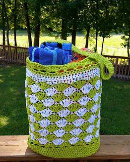 Seashell Wishes crochet market/beach bag pattern - free pattern.