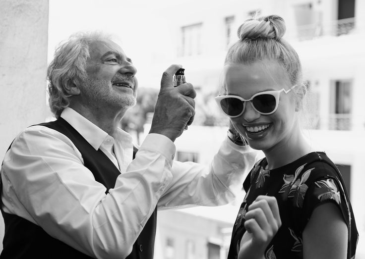Electric atmosphere in our suite at the Martinez! Pop glasses and maximum bun for the beautiful Daphne Groeneveld! #cannes #cannes2015 #cannesforever #franckprovost #franckprovostparis #backstage #latergram