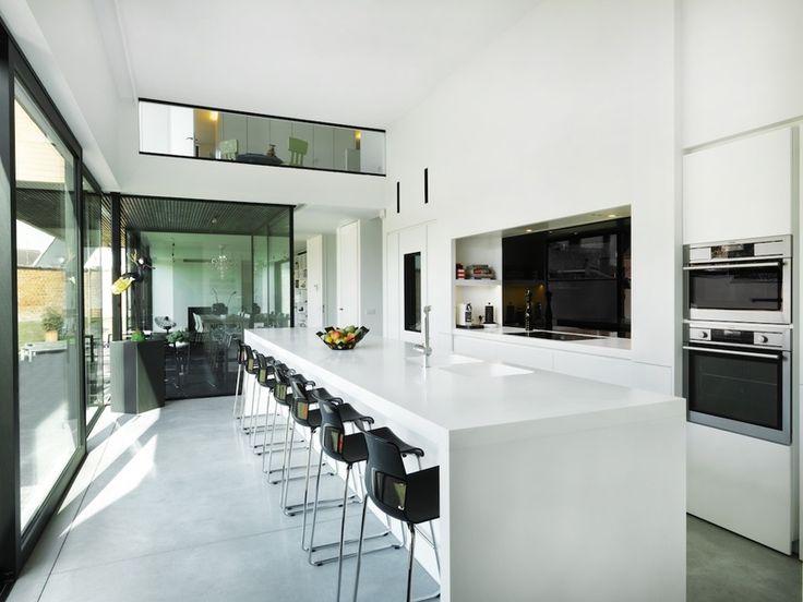 25 beste idee n over hedendaagse woningen op pinterest for Interieur moderne woning