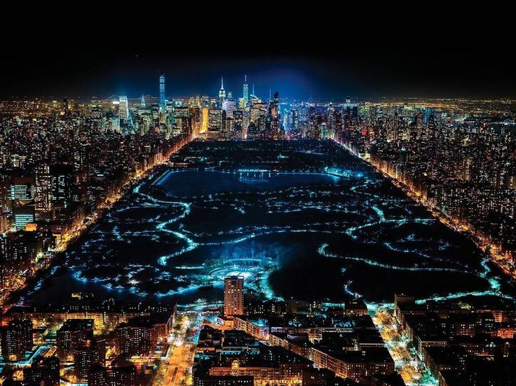 New York at night looks incredible: