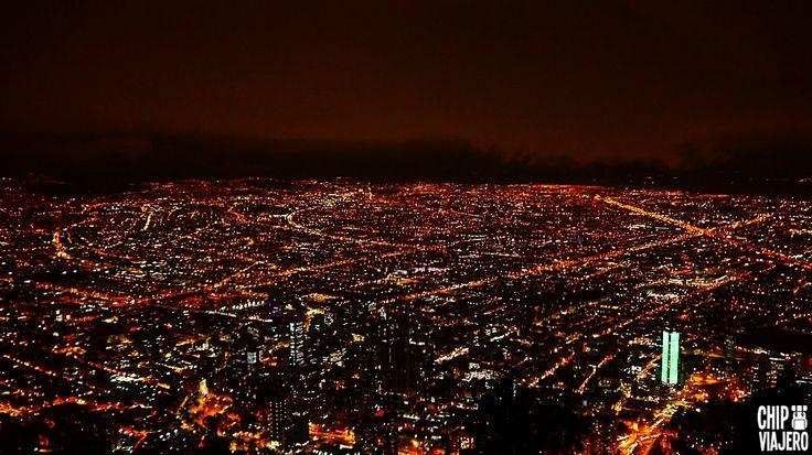 De noche en la ciudad 🌃 🌙 🌠