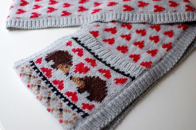 Hedgehog Love Scarf by knittedblissJC free knitting pattern on Ravelry at http://www.ravelry.com/patterns/library/hedgehog-love-scarf