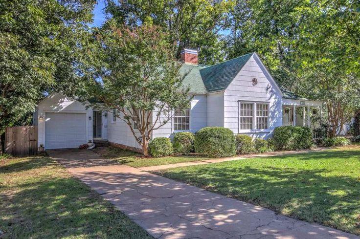 1938 Minimal Traditional – Tulsa, OK – $156,900 | Old House Dreams