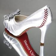 Baseball high heel shoe amazingly classy design for sports theme wedding #baseballwedding #basebalhighheel
