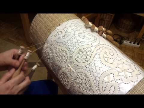 Making Bobbin Lace - learned in Bobowa. - YouTube