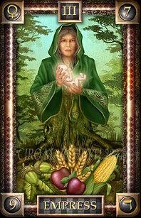 De Keizerin  De Keizerin symboliseert de natuurlijke kracht die steeds weer nieuw leven schept. Zij staat voor groei en vruchtbaarheid op lichamelijk niveau, voor artistieke creativiteit op geestelijk niveau en op het niveau van ons verstand voor een veelheid aan ideeën en vindingrijkheid.
