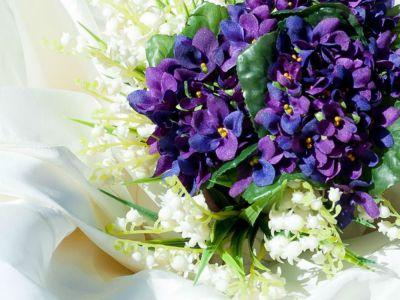 Nuovo articolo da guest-blogger su Zankyou!  Parliamo di fiori e allestimenti floreali :) hettp://www.zankyou.it/p/come-scegliere-gli-allestimenti-per-il-tuo-matrimonio-in-base-alla-stagionalita-dei-fiori Come scegliere gli allestimenti per il tuo matrimonio in base alla stagionalità dei fiori