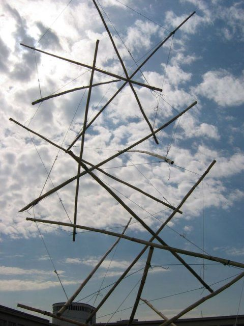 Tensegrity tower
