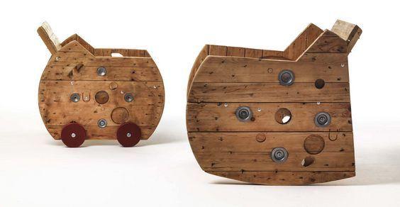 #Mobili dall'aspetto unico ed originale: #Sbobina #Design! Tutti firmati dall'eco-designer Emiliano #Bona.  Leggete questo articolo.