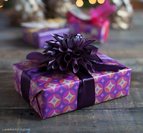 Plum Star Gift Wrap