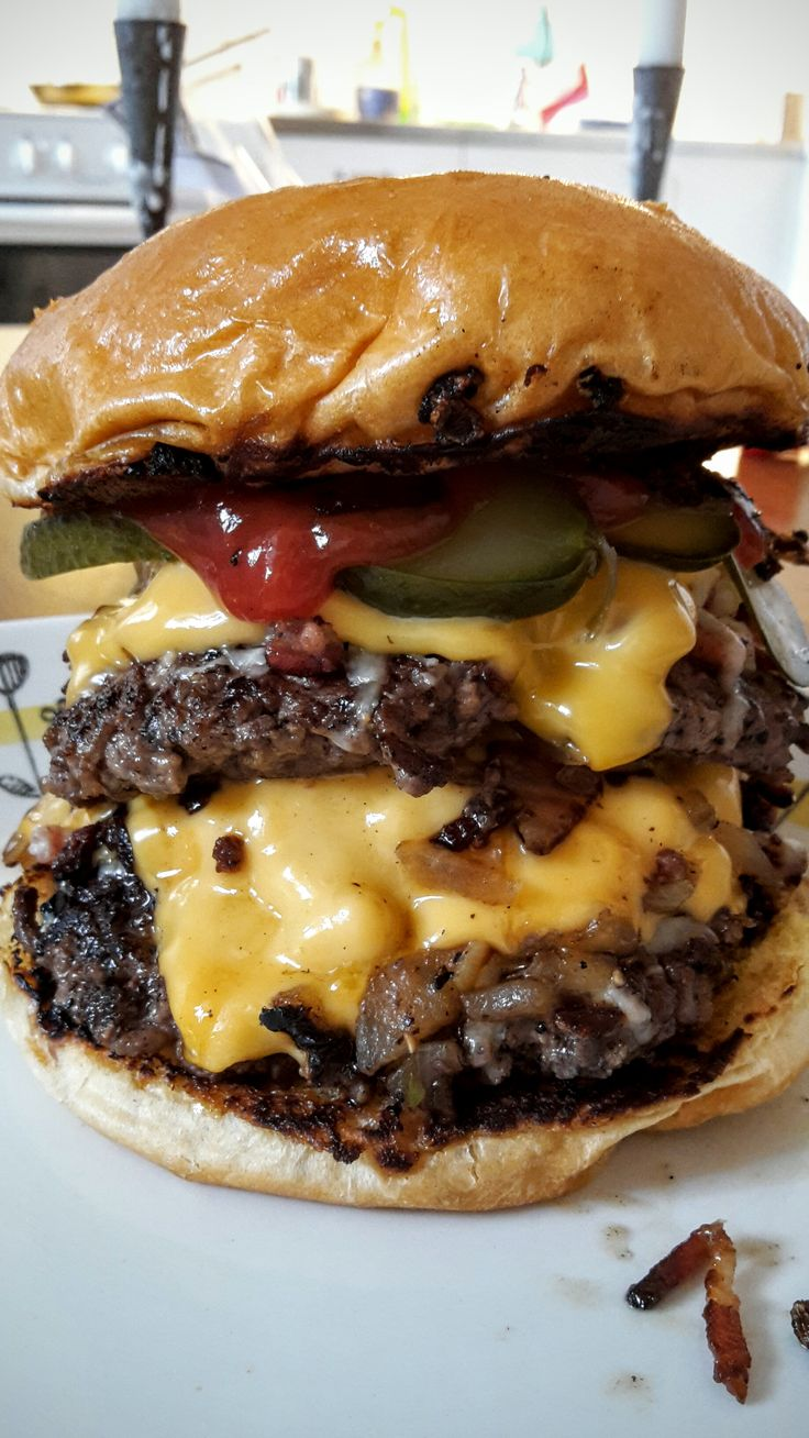 #manikinhead #food The best burger out there is made by yourself