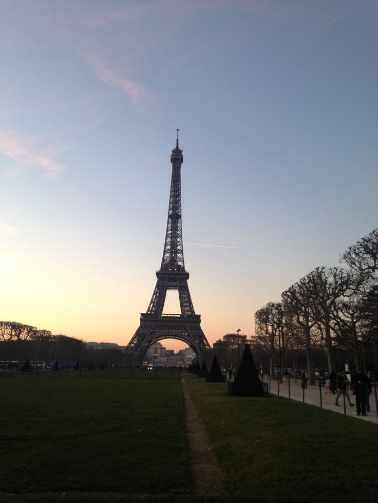 Paris in a layover - See three major attractions during a long layover!