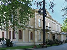 Lodz film school, Lodz, Poland. Wajda, Kieslowski, Polanski, Holland ... all graduated from this school.