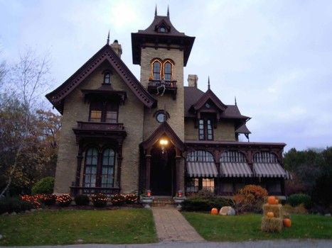 The Spafford House is located in Rockford Illinois - and was the inspiration for many scary tales for me as a young boy living in this neighborhood. The mansion sits in the center of a heavily wooded, city block surrounded by a tall, black wrought iron fence...