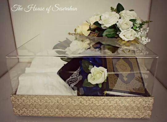 Broken White Lace Seserahan Boxes #thehouseofseserahan #seserahan #indonesianwedding #weddinggiftboxes