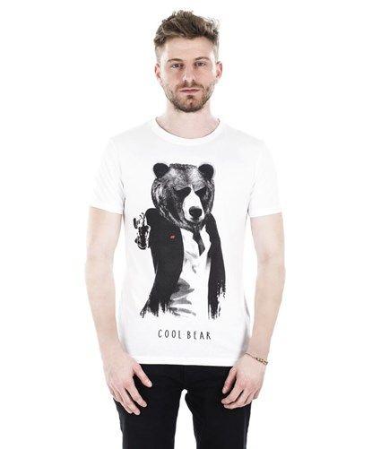#Coolbear #Bethelight #SS16 #newcollection #bearland #basebear #designtshirt #istanbul #bear #tshirt #designtee #tshirtlove #love #summer #goodvibes #enjoy #hunter2