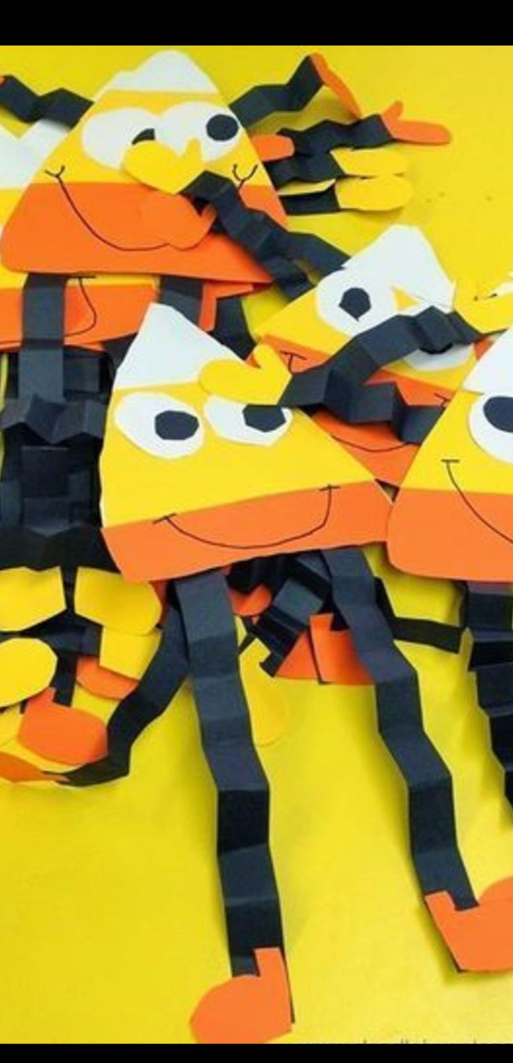 Fall crafts for kids to make at school, preschool, pre-k, Sunday school or at home.