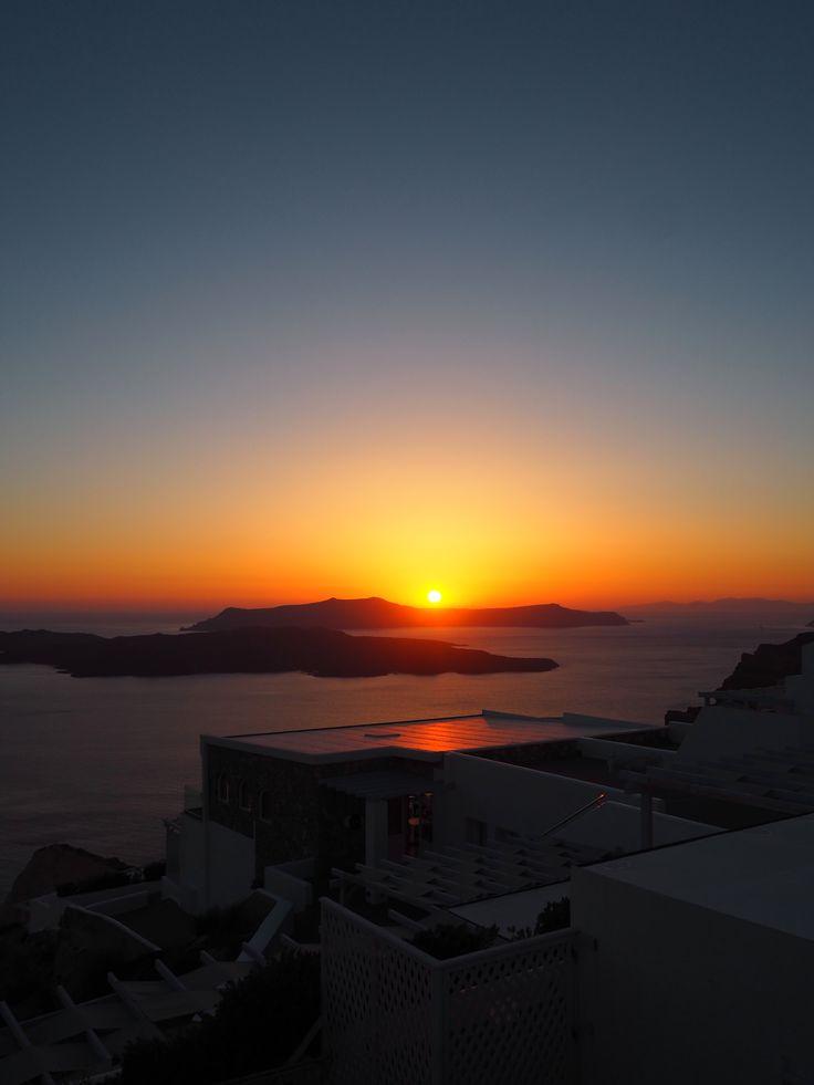 Santorini | joanne-khoo.com