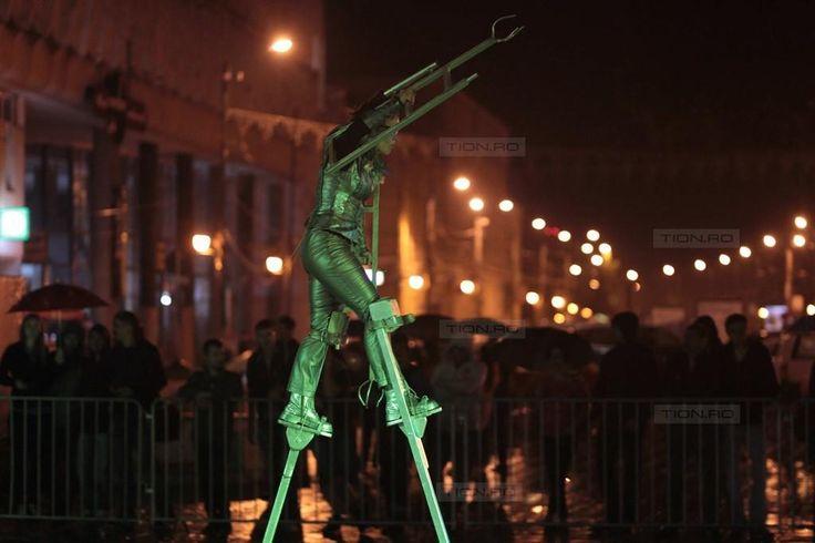Ulro: amintiri din viitor, intr-o noapte ploioasa, cu Teatr Snow din Polonia