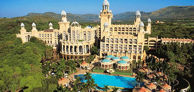 The Palace of Sun City Resort should definitely be on your radar screen. #‎suncity‬ ‪#‎getaway #Joburg #Joburgcoza #ThingsToDoJoburg  #ThingsToDo ‬