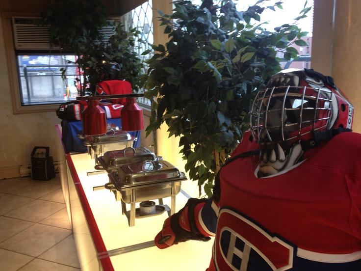 Habs fan? This client was as well.. habs themed buffet!