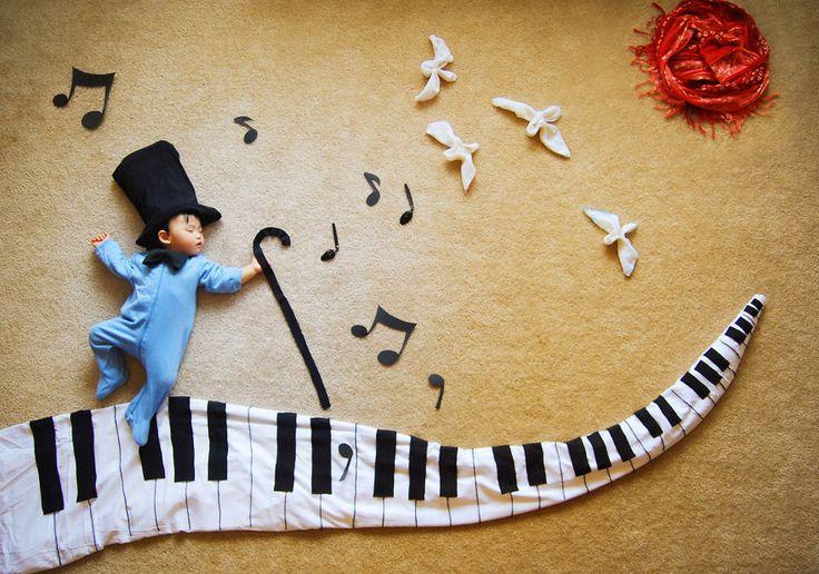 This baby elf has musical dreams of fantasy!