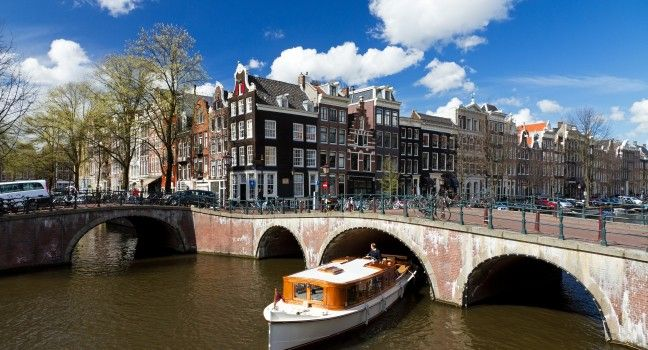 Amsterdam Travel Guide - Expert Picks for your Amsterdam Vacation
