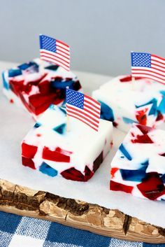 Patriotic Stained Glass Jello via Krissy's Creations