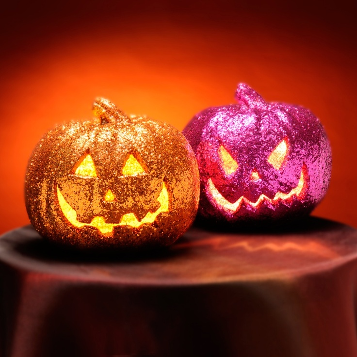 get inspired by these faux kins and cover your carved pumpkin in glitter - Glitter Halloween Decorations