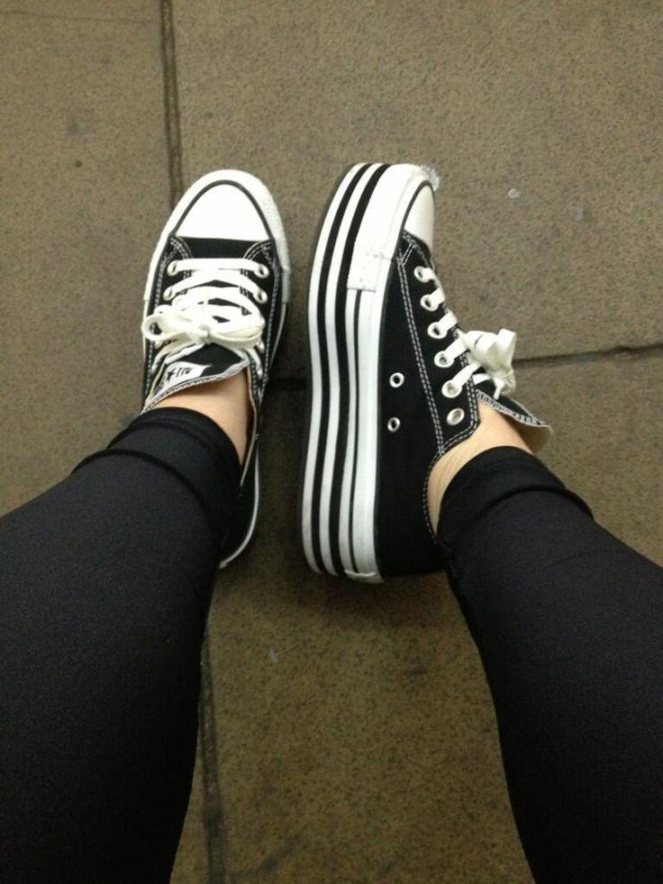 Twitter / beckielacey: @Jessica Sutton Schuh #schuhsday converse flatforms :)