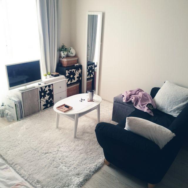 mikansanさんの、リビング,無印良品,カラーボックス,白,一人暮らし,Francfranc,狭い部屋,1K,モノトーン,賃貸,白黒グレー,のお部屋写真