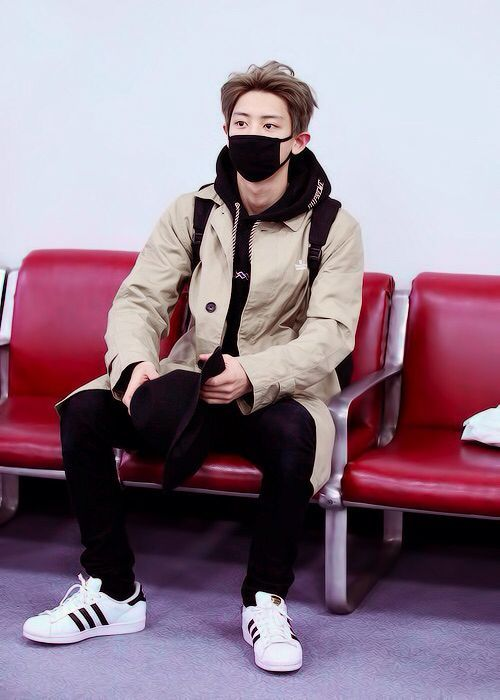 Chanyeol outfit