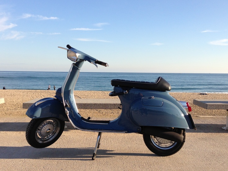 17 best images about vespa primavera 125 on pinterest. Black Bedroom Furniture Sets. Home Design Ideas