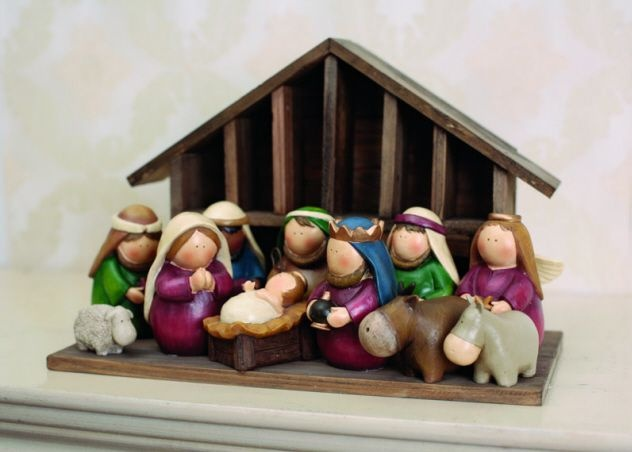 12 Piece Resin Nativity Set With Wood Stable