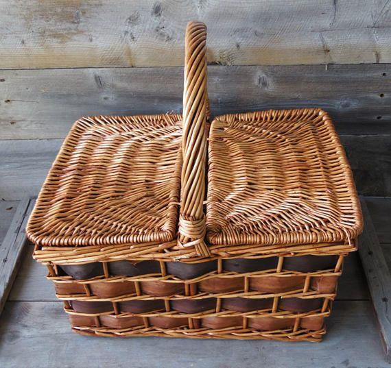 Wicker Picnic Basket / Rustic Splint Weave Basket / Farmhouse