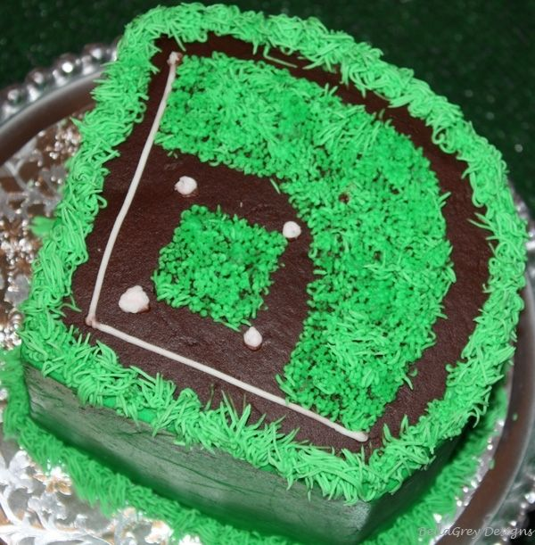 boy's baseball birthday party cake www.spaceshipsandlaserbeams.com