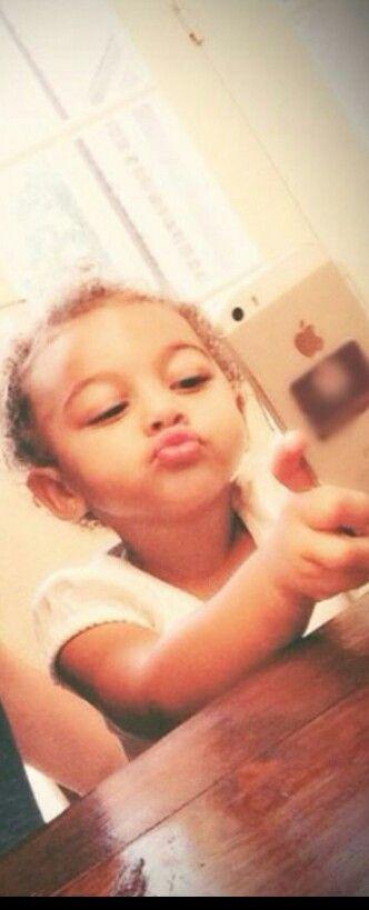 Chloe Chrisley takes the bomb selfies