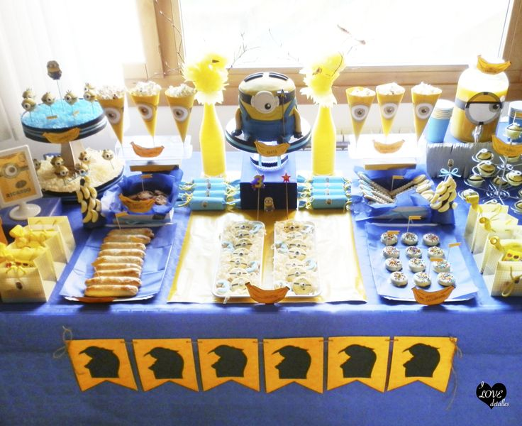 Minion Party, fiesta minions, Candy Bar despicable me, candy bar minions, sweet table despicable me, sweet table minions