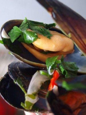 Διαγωνισμός συνταγών μαγειρικής:-Μυδιών-Οστρακοειδών -Καβουριών -θαλασσινών