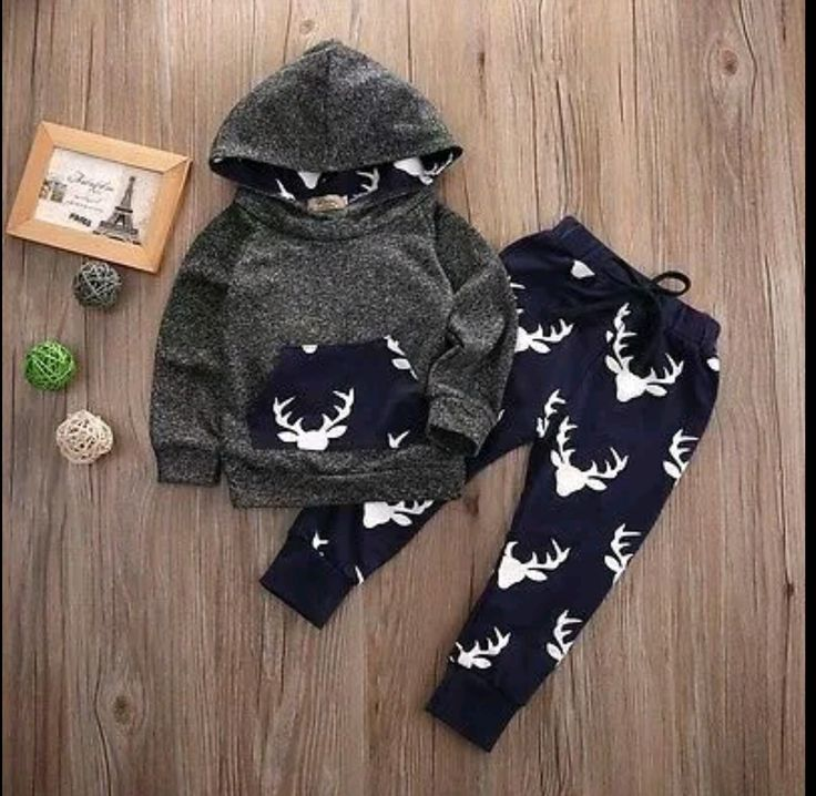 Gorgeous deer set. Sizes 6-12mths & 12-18mths available