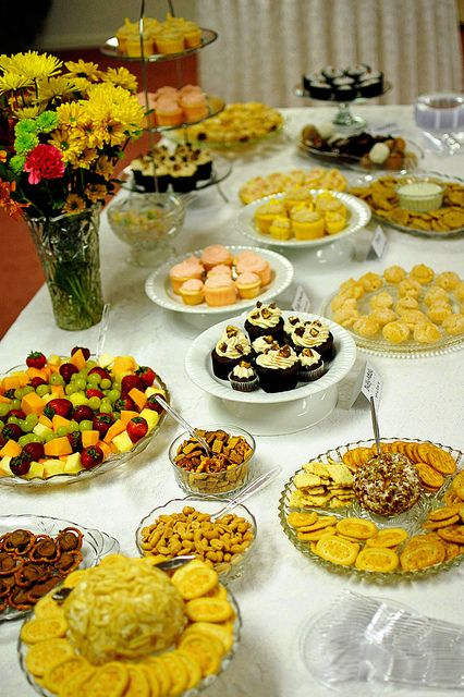 17 best images about wedding buffet on pinterest mexican food buffet receptions and dessert - Deco snack ...