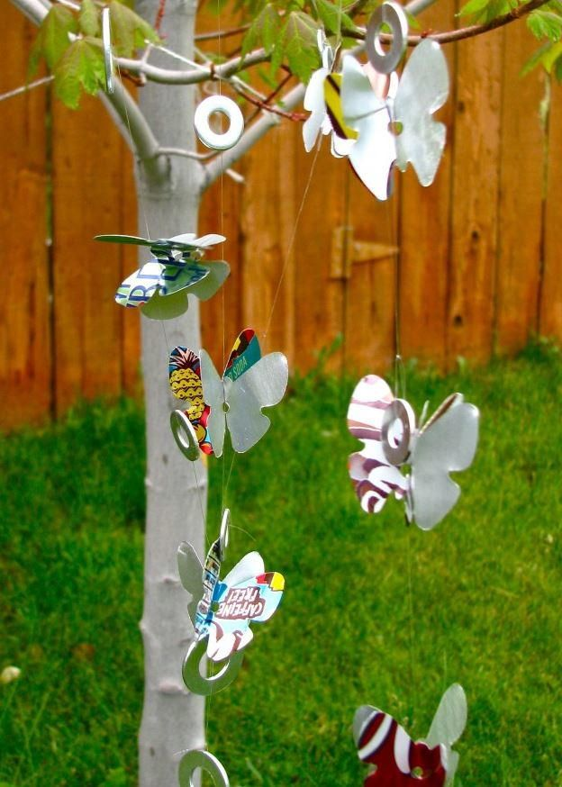 Soda Can Wind Chimes | AllFreeHolidayCrafts.com